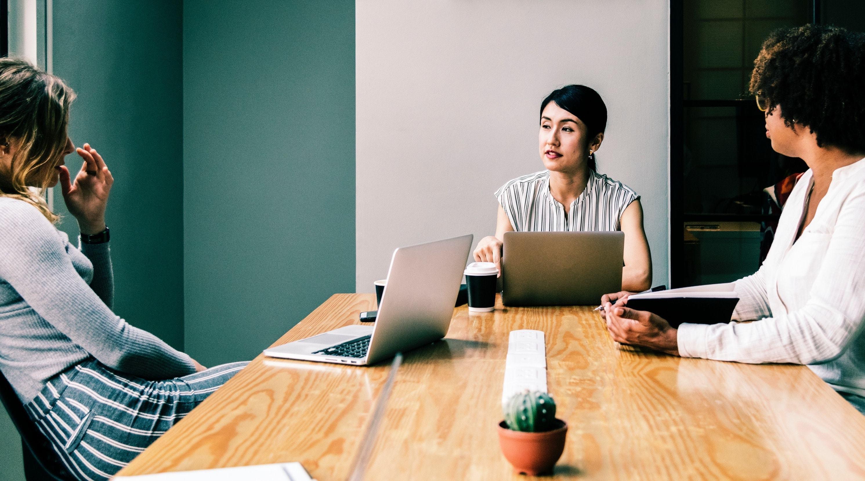 Unconscious bias employee experience min